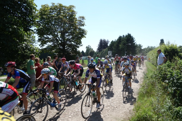 Cobbles... just like the Ronde!
