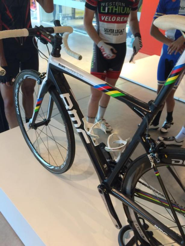 Does this bike look familiar?  Cadel's World Champion winning bike… or is it Gilbert's bike?